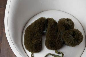 Bellas Hus faux fur grønn LOWRES-magento.jpg